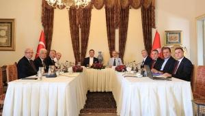 CHP'li büyükşehir belediye başkanları İzmir'de buluşuyor