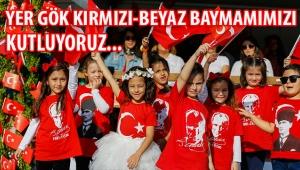 İzmir: 29 Ekim Cumhuriyet Bayramı kutlanıyor