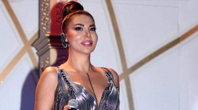 Netflix ile anlaştığını duyuran şarkıcı Ebru Yaşar, sinema filminde oynayacak