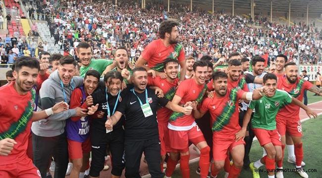 TFF 3. Lig: Karşıyaka - Kocaelispor: 1-0