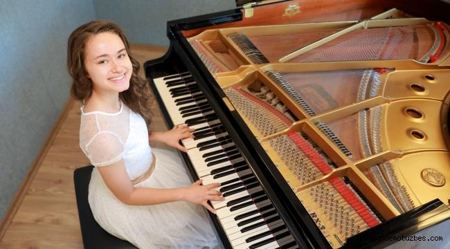 14 yaşındaki notaların prensesi yine birinci