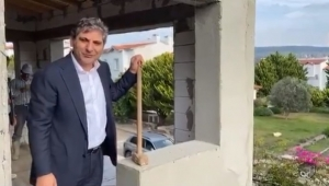 CHP'li Erdoğdu ilk balyozu kendisi vurdu