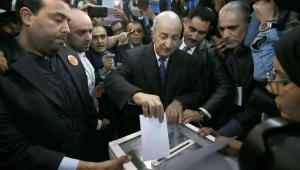 Cezayir, 10 ay süren siyasi karışıklığın ardından sandık başında