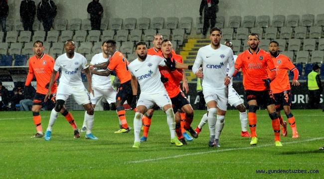 Süper Lig: Medipol Başakşehir: 5 - Kasımpaşa: 1