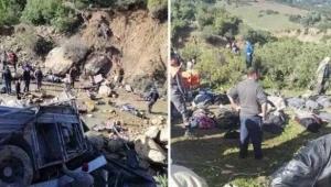 Tunus'ta otobüs devrildi: 22 ölü, 21 yaralı