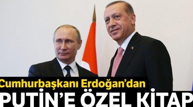 Cumhurbaşkanı Erdoğan'dan Putin'e özel kitap