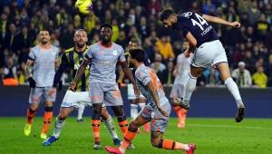 Süper Lig: Fenerbahçe: 2 - Başakşehir: 0
