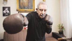 Türkiye'nin ilk milli boksörü Garbis Zakaryan hayatını kaybetti