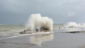 Didim'de fırtına etkili oldu