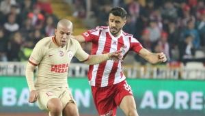 Sofiane Feghouli'den 100. maçında 1 gol, 1 asist