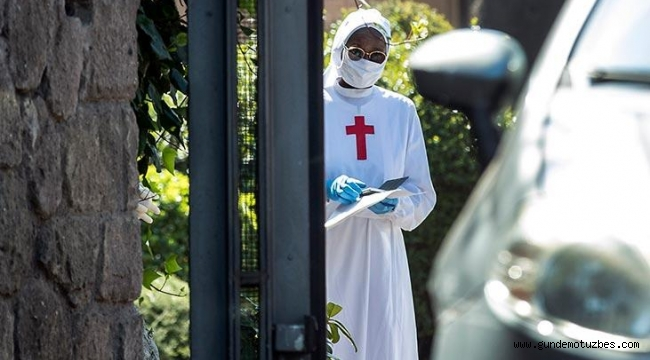 İtalya'da son 24 saatte 636 ölüm