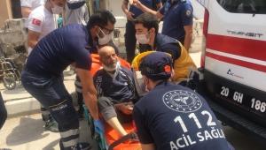Çatıdan düşen dede torunlarının da yaralanmasına sebep oldu