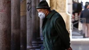 İtalya'da koronavirüsten can kaybı 33 bin 530'a çıktı