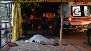 Manisa'da kahvehanede çıkan kavgada bir kişi bıçakla öldürüldü