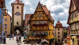 Almanya ekonomisinde tarihi küçülme