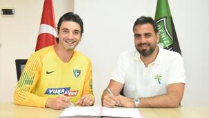 Yukatel Denizlispor, kaleci Cenk Gönen ile sözleşme imzaladı