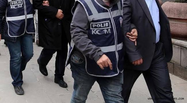 İzmir'de, aralarında eski emniyet müdürü ve amirinin de olduğu 4 FETÖ şüphelisi gözaltında
