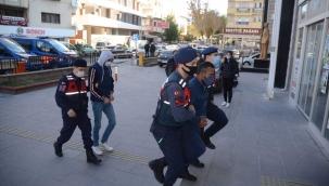 Aydın merkezli 3 ilde düzenlenen fuhuş operasyonunda 3 kişi tutuklandı