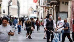 İtalya'da son 24 saatte 692 kişi Covid-19 nedeni ile hayatını kaybetti