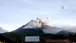 Endonezya'da Merapi Dağı'nda patlama