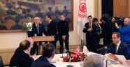 CHP, masayı terk etti; TBMM'de yeni anayasa ümidi tükendi
